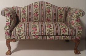 Sofa Wingback Lilac Floral Stripe (130W x 60D x 82Hmm)