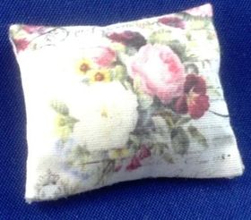 Cushion by Norma Bennett (32 x 25mm)