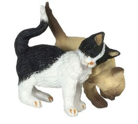 "Rubbing Cat Couple, Black/White and Siamese Brown (1.125""H x 0.5""W x 1.5""D )"