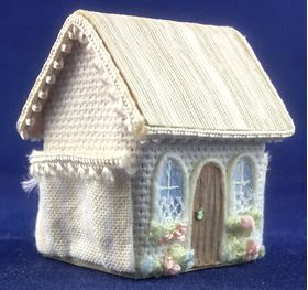 Tapestry House with Side Pockets by Petite Romantique (25W x 20D x 32Hmm)