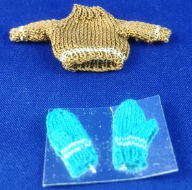 Knitted Jumper and Mitts by Petite Romantique (Jumper 28 x 50mm)