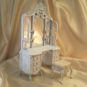 Le Cristina Bedroom Set 5 Pc Limited Edition Dressing Table